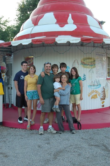Smith Family at Ice Cream Store